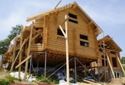 строим дом на винтовых сваях